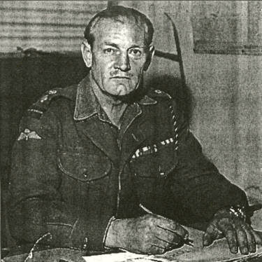 "Teniente Coronel John ""Mad Jack"" Churchill"